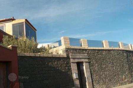 Bank repossessions property in Tenerife. Villa – Santa Cruz de Tenerife, Canary Islands, Spain