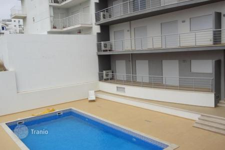 1 bedroom apartments for sale in Portugal. New apartment T1 with swimming pool