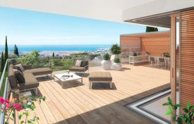 Luxury property for sale in Cimiez. Modern apartment with a rooftop terrace and a sea view, in a new residence with a swimming pool, Nice, Côte d'Azur, France