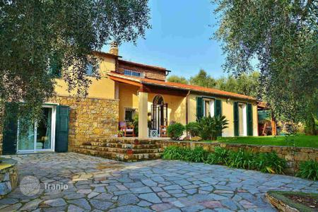 Property for sale in Imperia (city). Villa in Imperia, Italy
