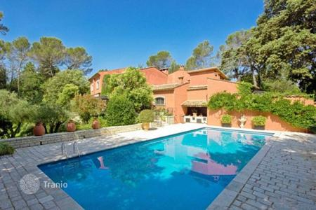 Luxury residential for sale in Mougins. Villa – Mougins, Côte d'Azur (French Riviera), France