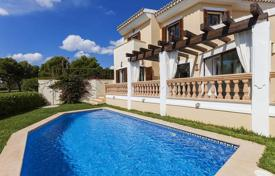 3 bedroom houses for sale in Santa Ponça. Villa with a pool and a terrace in Santa Ponsa, Mallorca, Spain