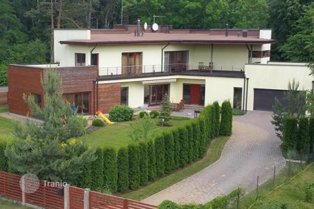 Houses with pools by the sea for sale in Jurmalas pilseta. Townhome – Jurmalas pilseta, Latvia