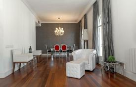 Luxury 4 bedroom apartments for sale in Catalonia. Apartment – Barcelona, Catalonia, Spain