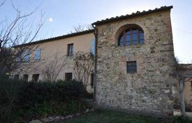 Renovated villa with a swimming pool in Castel del Piano, Tuscany, Italy for 750,000 €