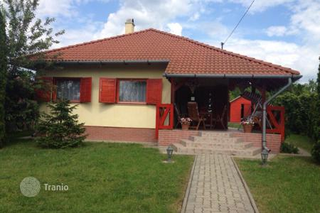 Houses for sale in Markaz. Detached house – Markaz, Heves County, Hungary