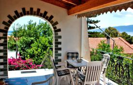 3 bedroom houses by the sea for sale in Loutraki. Detached house – Loutraki, Administration of the Peloponnese, Western Greece and the Ionian Islands, Greece