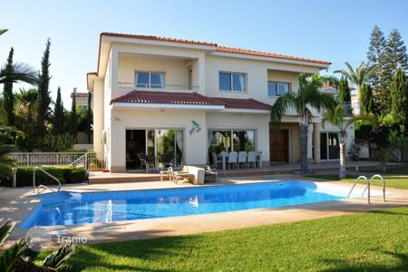 Luxury houses with pools for sale in Limassol. Villa - Germasogeia, Limassol, Cyprus