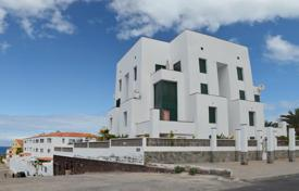 6 bedroom apartments for sale in Spain. Apartment – Santa Cruz de Tenerife, Canary Islands, Spain