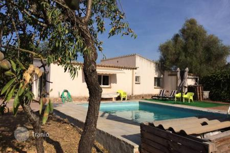 Houses with pools for sale in Marratxí. Villa – Marratxí, Balearic Islands, Spain