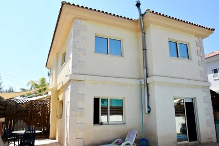 3 bedroom houses for sale in Limassol (city). Villa – Limassol (city), Limassol, Cyprus