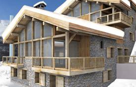 Property for sale in Moûtiers. Elite alpine chalet in a popular ski village, next to the ski slopes, Saint-Martin-de-Belleville, Alpes, France