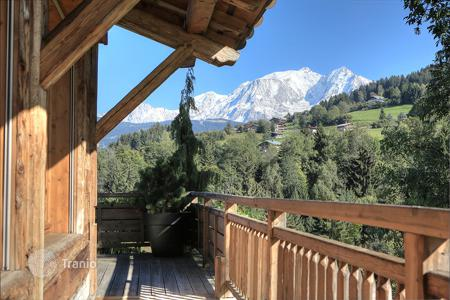 5 bedroom houses for sale in French Alps. Villa – Megeve, Auvergne-Rhône-Alpes, France