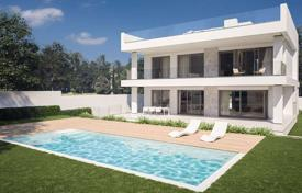 Houses for sale in Puerto Banús. New villa with a pool in Puerto Banus, Costa del Sol, Spain