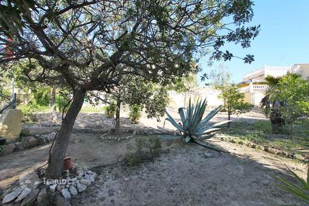 Cheap property for sale in Valencia. Elche, La Marina. Detached villa 154 m² built with 252 m² of plot
