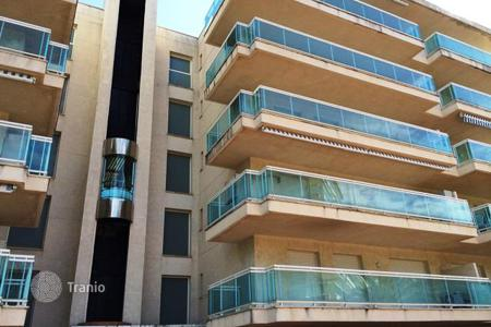 Cheap property for sale in Costa Dorada. Apartment – Salou, Catalonia, Spain