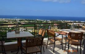 Coastal apartments for sale in Chloraka. Large 3 Bedroom Apartment, Title Deeds and Unobstructed Sea Views — Chlorakas
