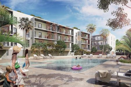 3 bedroom apartments from developers for sale in Spain. Apartment development in a quiet residential area close to Ibiza Town