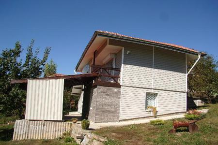 Cheap 3 bedroom houses for sale in Bulgaria. Detached house - Pernik, Bulgaria