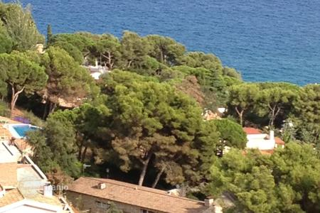 Coastal development land for sale in Costa Brava. Development land - Blanes, Catalonia, Spain