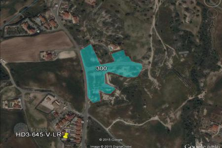 Land for sale in Maroni. Building Plots for sale