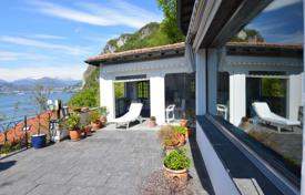 Luxury houses for sale in Campione d'Italia. A cozy villa overlooking the lake in Campione d'Italy