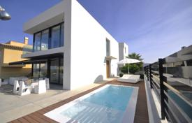 3 bedroom villas and houses to rent in Majorca (Mallorca). Chalet – Majorca (Mallorca), Balearic Islands, Spain