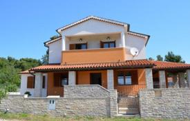3 bedroom houses by the sea for sale in Istria County. New two-storey house with swimming pool, near the sea, in a quiet area of Medulin, Croatia