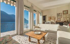 Property for sale in San Mamete. Two-level villa with a garden and a pier directly on the lake in San Mamete, Lombardy, Italy