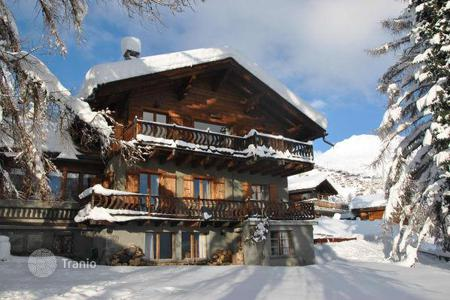 Chalets for rent in Verbier. Chalet – Bagnes, Verbier, Valais,  Switzerland