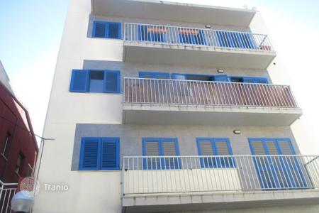 Cheap 2 bedroom apartments for sale in Costa Dorada. Apartment – Constantí, Catalonia, Spain