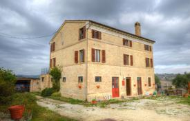 Property for sale in Marche. Furnished house with a terrace and a garden, Fermo, Italy