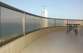 5 bedroom apartments by the sea for sale in Israel. Apartment – Netanya, Center District, Israel