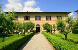Apartments for sale in Tuscany. Apartment – Castelnuovo Berardenga, Tuscany, Italy