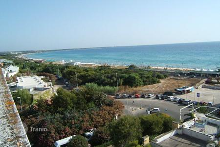 Apartments for sale in Apulia. Flat for sale in Gallipoli 100 meters away from the beach