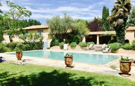 3 bedroom villas and houses to rent in Western Europe. Detached house – Provence — Alpes — Cote d'Azur, France
