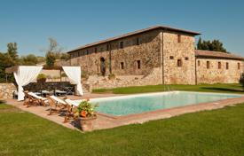 6 bedroom villas and houses to rent in Siena. Villa – Siena, Tuscany, Italy
