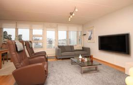 Property for sale in Northern Europe. Comfortable townhouse with terrace and sea view, Espoo, Finland