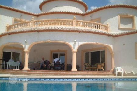 Luxury residential for sale in Calpe. Villa of 5 bedrooms in Calpe