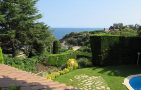 Luxury 4 bedroom houses for sale in Catalonia. Villa – Blanes, Catalonia, Spain