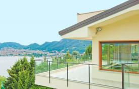 Luxury 4 bedroom houses for sale in Lake Como. Luxury villa overlooking Lake Como, Italy