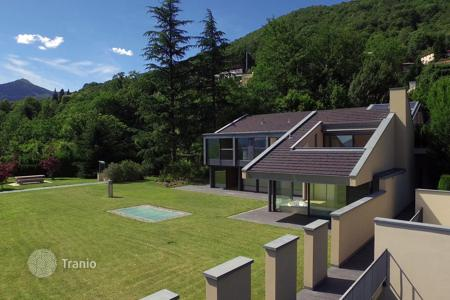 Houses with pools for sale in Central Europe. Villa – Capriasca, Ticino, Switzerland