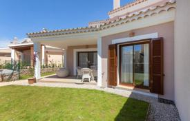 3 bedroom houses for sale in Balearic Islands. Detached house – Calvia, Balearic Islands, Spain