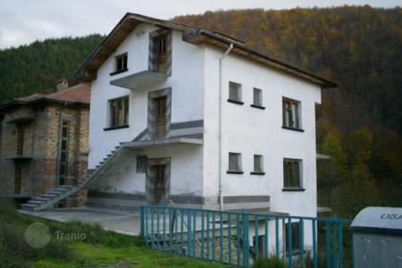 Cheap houses for sale in Malka Arda. Detached house – Malka Arda, Smolyan, Bulgaria