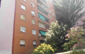Cheap 3 bedroom apartments for sale in Madrid. Apartment – San Lorenzo de El Escorial, Madrid, Spain