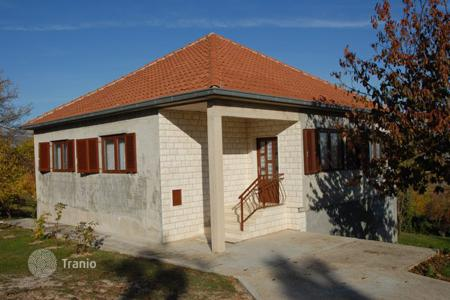 Residential for sale in Sinj. Townhome - Sinj, Split-Dalmatia County, Croatia