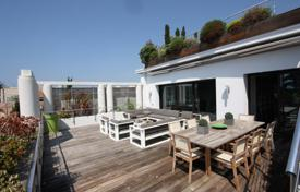 Renovated mansion with a rooftop terrace and sea views, Cannes, France. Price on request