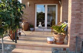 Comfortable villa with a private garden, a barbecue area and a swimming pool, Cambrils, Spain for 350,000 €