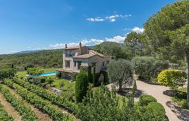 Houses for sale in La Colle-sur-Loup. Close to Saint-Paul de Vence — Architect Provencal Villa