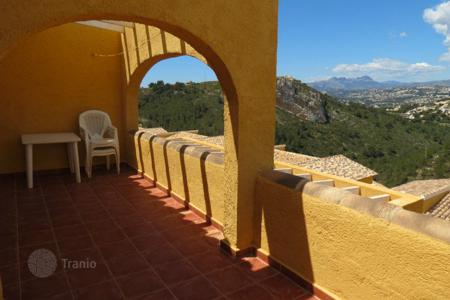 Cheap residential for sale in Cumbre. Apartment of 2 bedrooms with communal pools in Benitachell